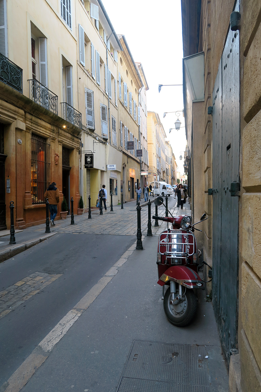 Strolling through the Streets of Aix-en-Provence
