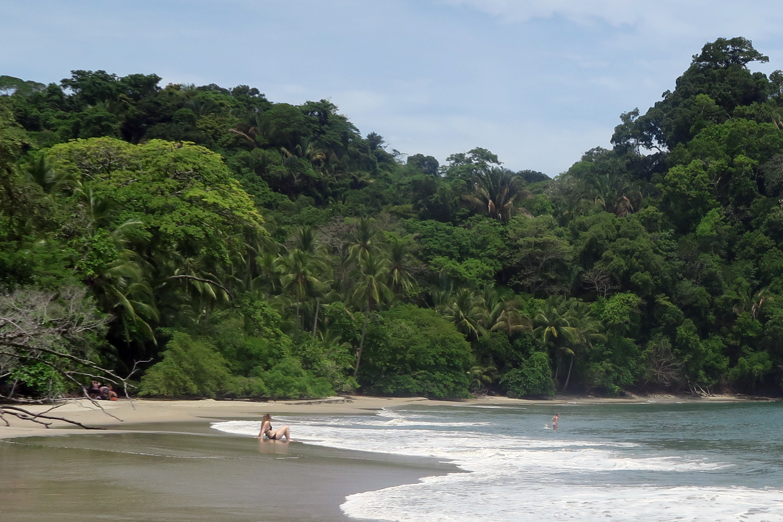 manuel-antonio-beach4