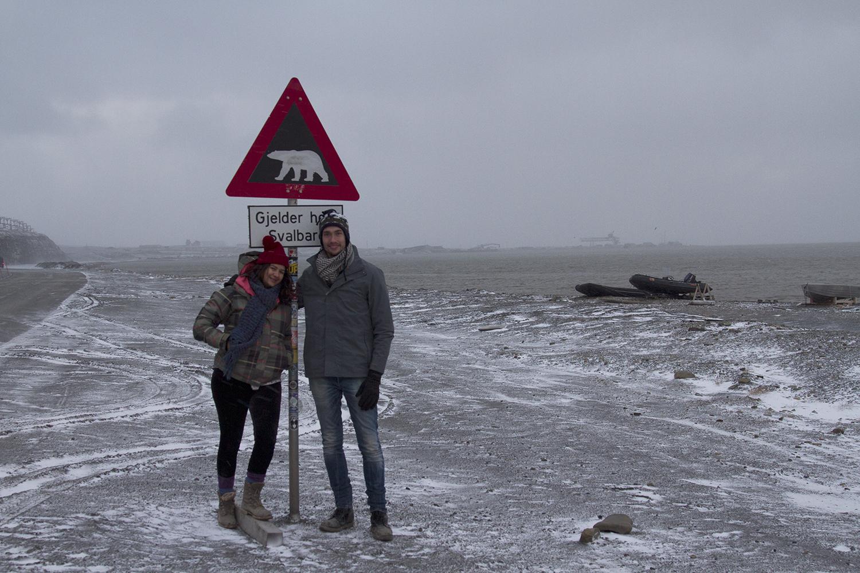 me-jono-svalbard-polarbear-sign